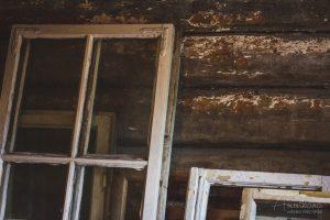 Pimee Vintti vanhat ikkunat
